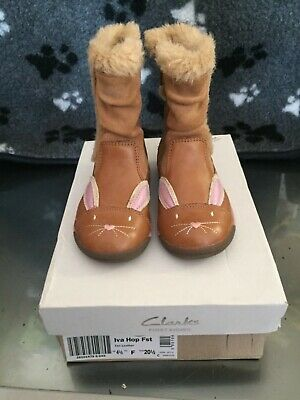 Clarks Girls Brown Bunny Leather Boots Kids Infant UK Size 4.5 F