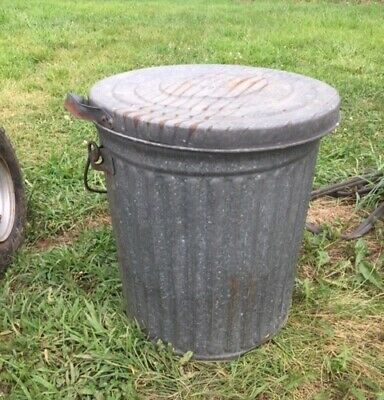 Reeves, Galvanized Steel, Trash Can, 10 Gallon, USED, GOOD CONDITION!