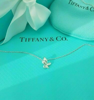 """Tiffany & Co Paloma Picasso Sterling Silver Olive Leaf Pendant 16 """"Necklace"""