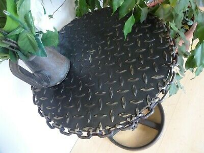 Lovely Heavy Industrail Metal Iron Side Bar Cafe Table