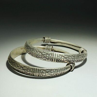 Collectable China Old Miao Silver Hand-Carved Delicate Unique A Pair Bracelet