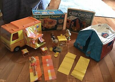 VNTG Barbie Mattel 1970 Country Camper #4994 & Tent W/ 1958 Midge, 1966 Doll, +1