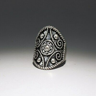 Collectable China Old Miao Silver Hand-Carved Bloomy Flower Delicate Noble Ring