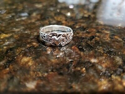 Retired James Avery Heart and Flowers Vine Sterling Silver Ring 7.5