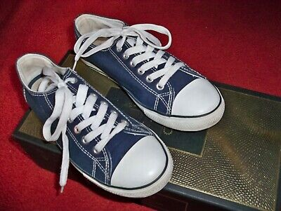 Girls Pumps Lace Ups Blue &White Size 4 By Dunnes  Good Condition.
