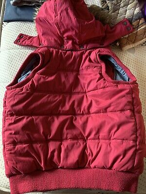 Girls Fat Face Raspberry Pink Hooded Zip Front Gilet~Age 10-11yrs