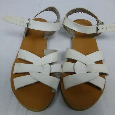 Girls New Look white sandals size 2((EUR 35)