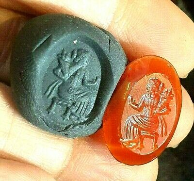 TOP ancient Carnelian Queen Holding Bouquet Flower Intaglio Bead Seal Signet