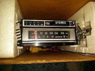 Classic Car Radio and Cassette Player 8 track tape player Audio Vox