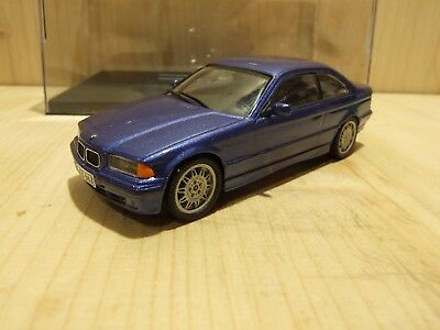 BMW 325i Coupe, E36, 3-series, estorilblaumet. (318i, 320i, 328i, kein M3)