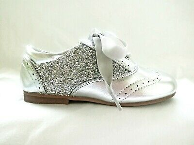 BNWT Silver Sequin Glitter Spanish Patent Party Girls Kids Shoes Size 9 / EU 27