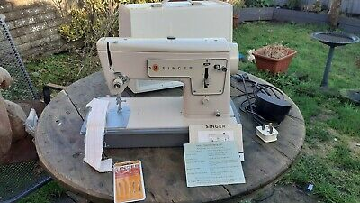 VINTAGE SINGER 449  SEWING MACHINE CASED 1960s
