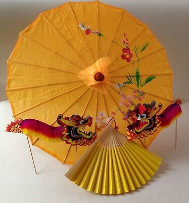 Traditional Chinese accessory set yellow parasol & fan & 2 concertina dragons