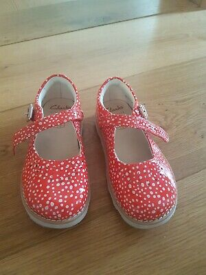 Clarks Girls Red Dotty Shoes Size 7.5 G