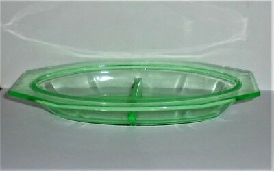 XLNT Vintage GREEN DEPRESSION GLASS Divided Oval DISH Nut Candy Pickle Condiment