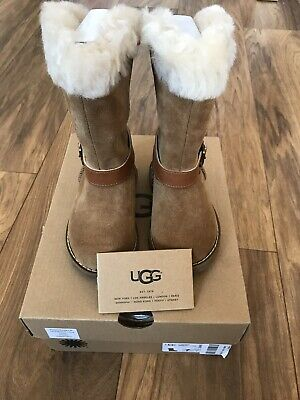 Ugg Boots Girls Nessa boots in Chestnut UK 6 Kids, 100% Genuine Uggs BNIB