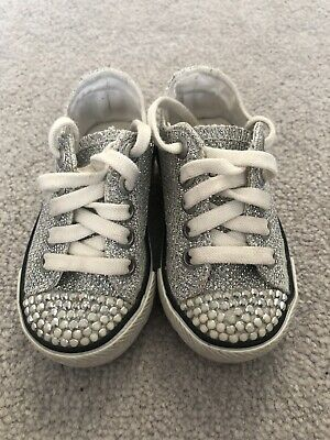 girls converse infant size 4