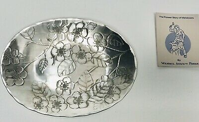 """Handmade Hammered Aluminum 7"""" Oval Tray w/CHERRY BLOSSOMS, Wendell August Forge"""