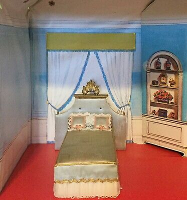 Ideal Petite Princess Vintage Dollhouse Little Princess Royal Bed Blue