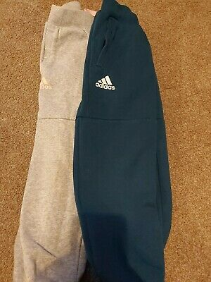 Girls Adidas Tracksuit Bottoms trackies 5-6 Years.