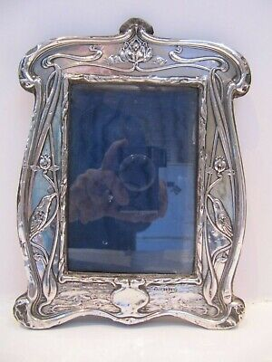 EARLY 20th CENTURY, SILVER ART-NOUVEAU PHOTOGRAPH FRAME WITH BIRDS, Chester 1908