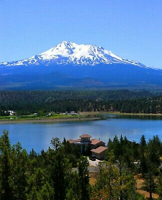 Breathtaking Views  Parcel Steps away from  Lake SHASTINA SISKIYOU COUNTY