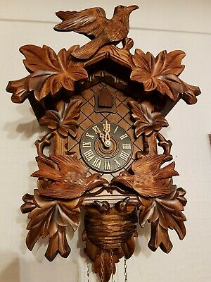 STUNNING LARGE  ANIMATED CUCKOO CLOCK /Fully serviced !! /Very  clean/switch off