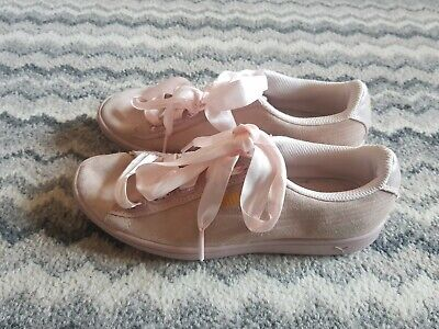 girls puma suede pale pink with satin laces trainers uk3