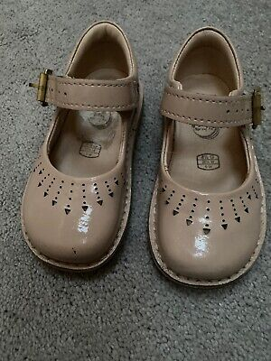 Clarks Girls Shoes Size 4 1/2G