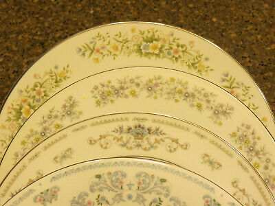 """Four Mismatched Fine China Dinner Plates 10-10 ½"""" Lot 7"""