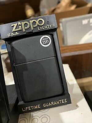 218 Regulator Black Matte Zippo Lighter Pre 2000