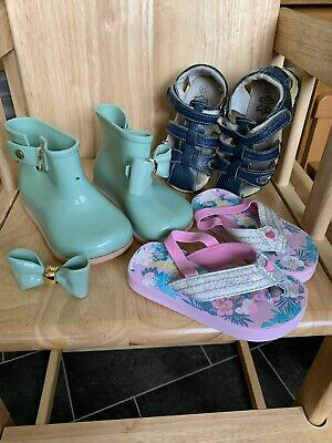 Girls Shoes Bundle , Toddler Girls Inflant size 21 , 22 ,Leather Sandals Wellies