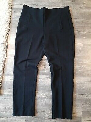 CHICO'S Black Stretch Ponte Pull On Slimming Juliet Ankle Pant Size 1 (8/10)