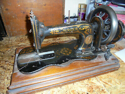 Antique Singer 12k Fiddlebase Sewing Machine for Spares / Repairs / Restoration