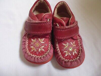 clarks girls shoes size 3e