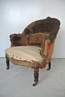 """Antique French Napoleon III Tub Chair """"Fauteuil Crapaud"""" For Reupholstery"""