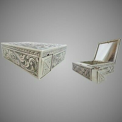 Antique Italian 800 Silver Compact Trinket Hinged Box with a Lipstick Holder