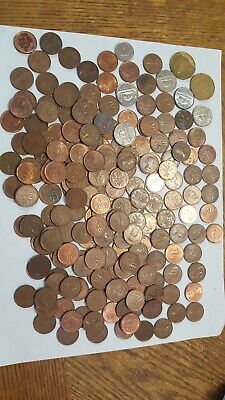 Canadian One Cent Penny Lot - Mix Date 1942-20?? Plus other coins