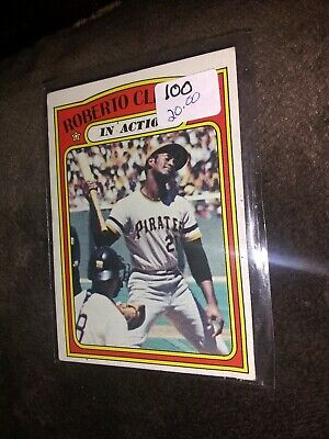 1972 Topps #310 Roberto Clemente In Action Pittsburgh Pirates #21