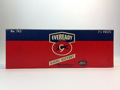 Vintage EVEREADY Radio Battery No.745