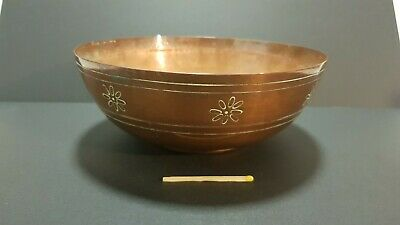 Antique Arts & Crafts period copper bowl dish 16cm floral decorated England