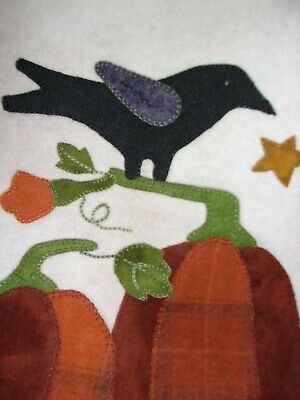 """Wool applique picture - crow & pumpkins - hand made 151/2 """" x 14"""