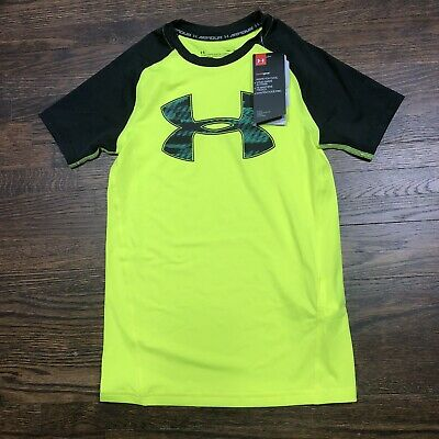 Under Armour Youth Shirt Size Medium HeatGear Fitted Short Sleeve