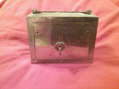Vintage Traveling coin W.F. Burns Co steel promotional mini Bank key safe money$