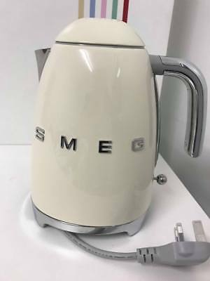 Smeg KLF11 Kettle, Cream | Electric tea