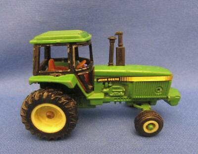 John Deere Die Cast Metal Farm Tractor With Articulated Front Axle