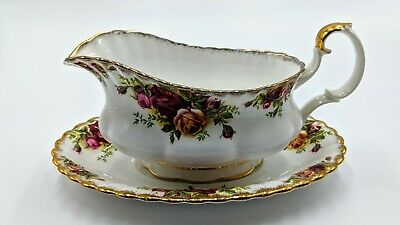 Royal Albert Old Country Rose Gravy Boat with Saucer Under plate Bone China