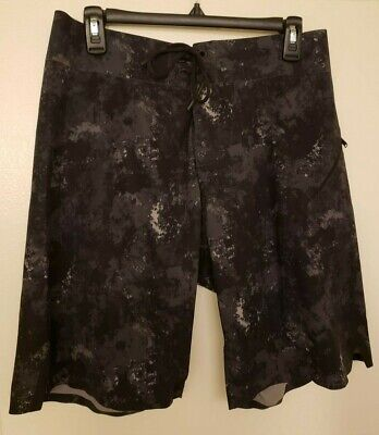 Lululemon Athletic Surf Board Shorts MENS Size 34