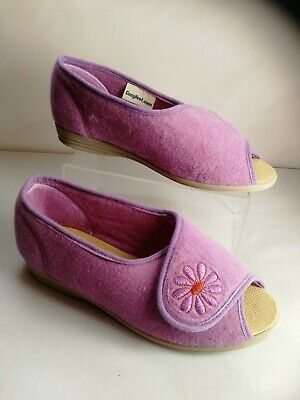 Ladies Cosyfeet Slipper Shoes Size 6 extra roomy Sandals Lilac New