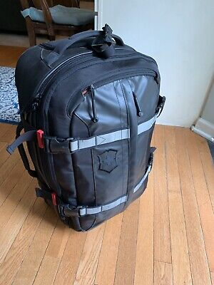 """VICTORINOX CH-97 22"""" Expandable Wheeled Rolling Upright Luggage Carry On YKK"""